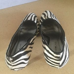 Bandolino Shoes - BANDOLINO  ZEBRA ALMOND TOE PUMP SZ 6